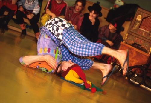 26. februar 1999.Sirkusskole med Cirkus Sibylla på Åsbråten, Oslo.
